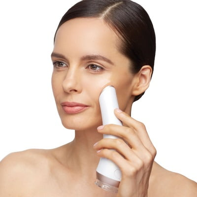 how to use facial cleanser