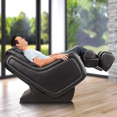 The Zero Gravity 3D Massage Chair 1