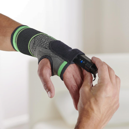 Heated Compression Wrist Wrap1